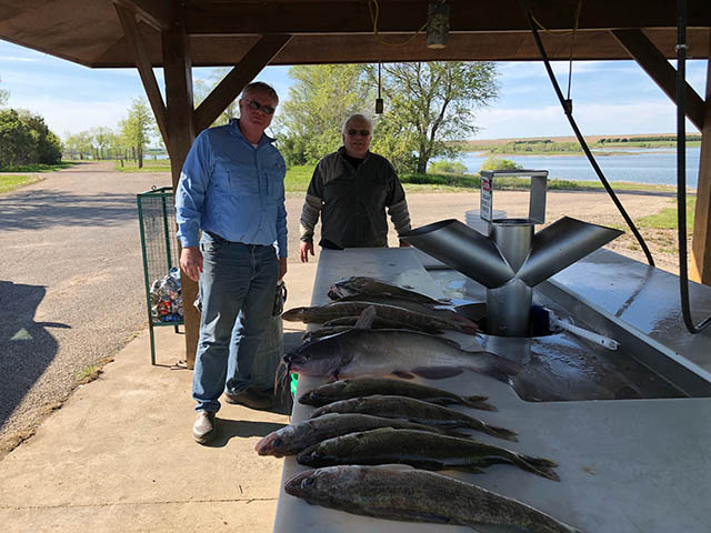 FISHING REPORT LAKES OAHE SHARPE PIERRE AREA FOR MAY AND FIRST 13 DAYS IN JUNE 2018